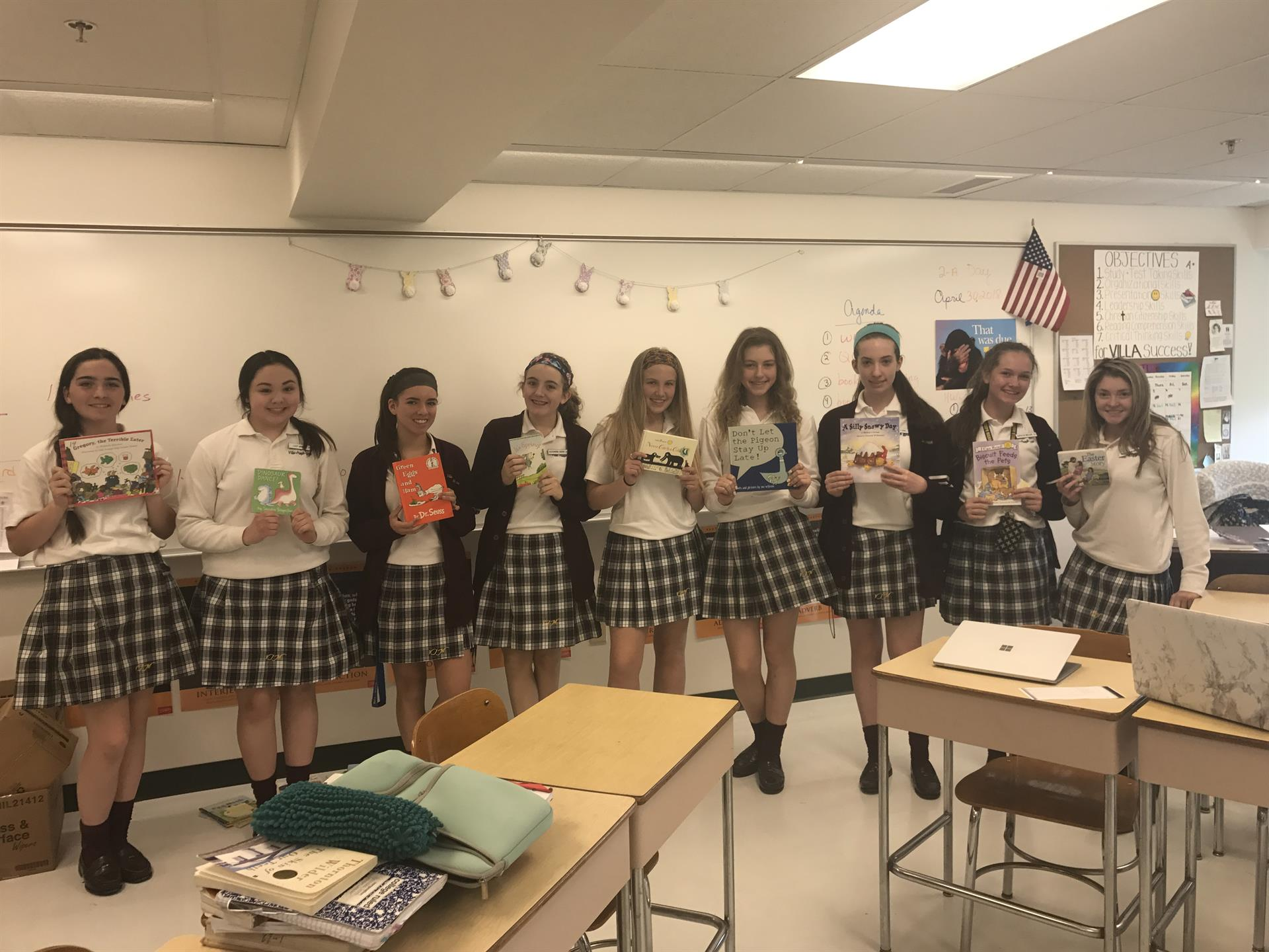 Freshmen Create Braille Books